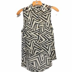 Cals Sleeveless Blouse Black & White Geo Print SM